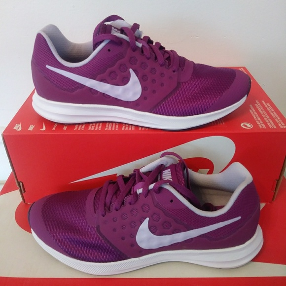 104042351483f Women s Size 7 Nike Downshifter 7